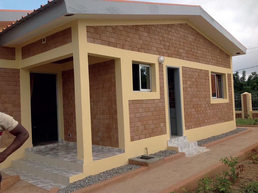 Les Superbes Maisons D Abidjan : Côte d ivoire les clefs de logements sociaux remises